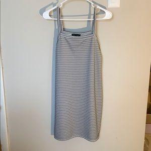 Kendal & Kylie dress